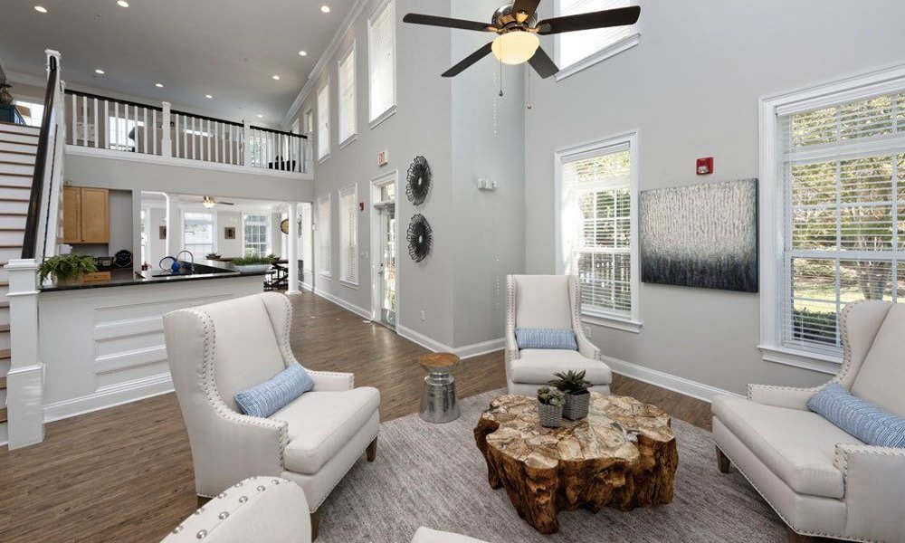 Luxury apartments available to rent at Worthington Luxury Apartments in Charlotte, NC