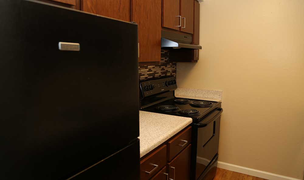 Kitchen set-up at Coventry Pointe Apartments