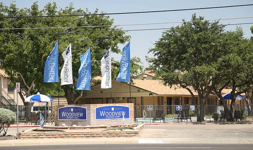 The sign of Woodview Apartments