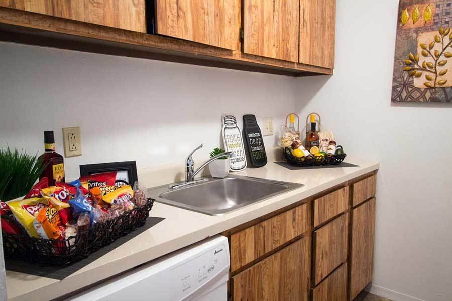 Knollwood Apartments offers a fully equipped kitchen