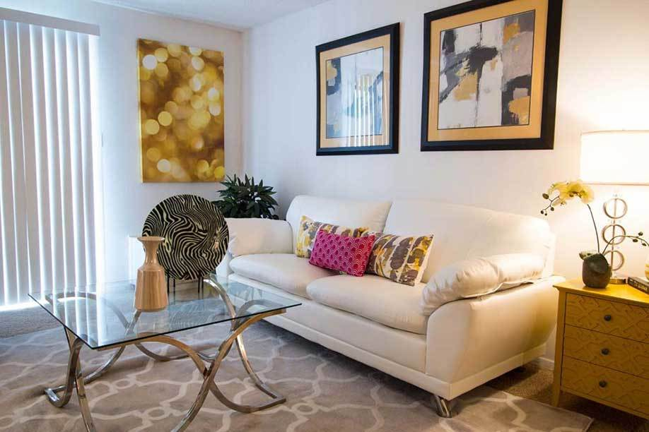 Knollwood Apartments offers new, stylish apartments