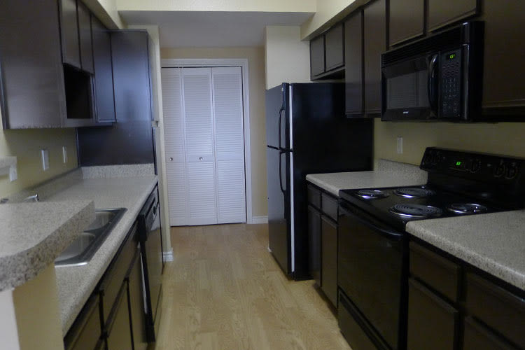 Lodge at West Oaks model apartment kitchen