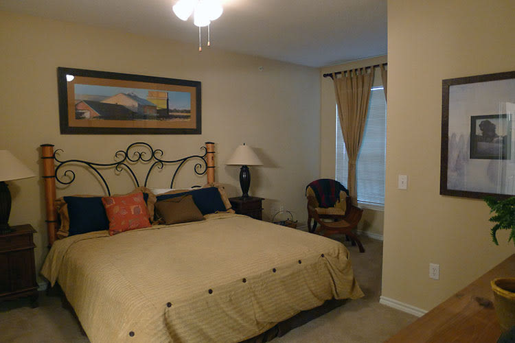 Lodge at West Oaks model bedroom