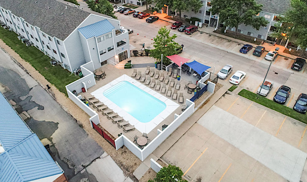 Pet friendly sky views at Orchard Corners Apartments