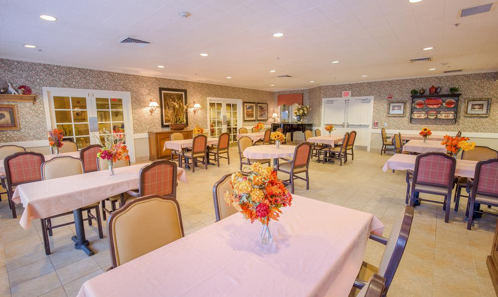 Dining area at Cedar Crest Alzheimer's Special Care Center in Tualatin, Oregon