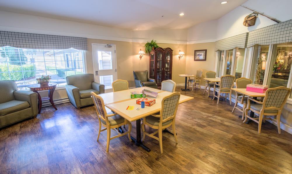 Cedar Crest Nursing Home >> Photos Of Cedar Crest Alzheimer S Special Care Center In Tualatin