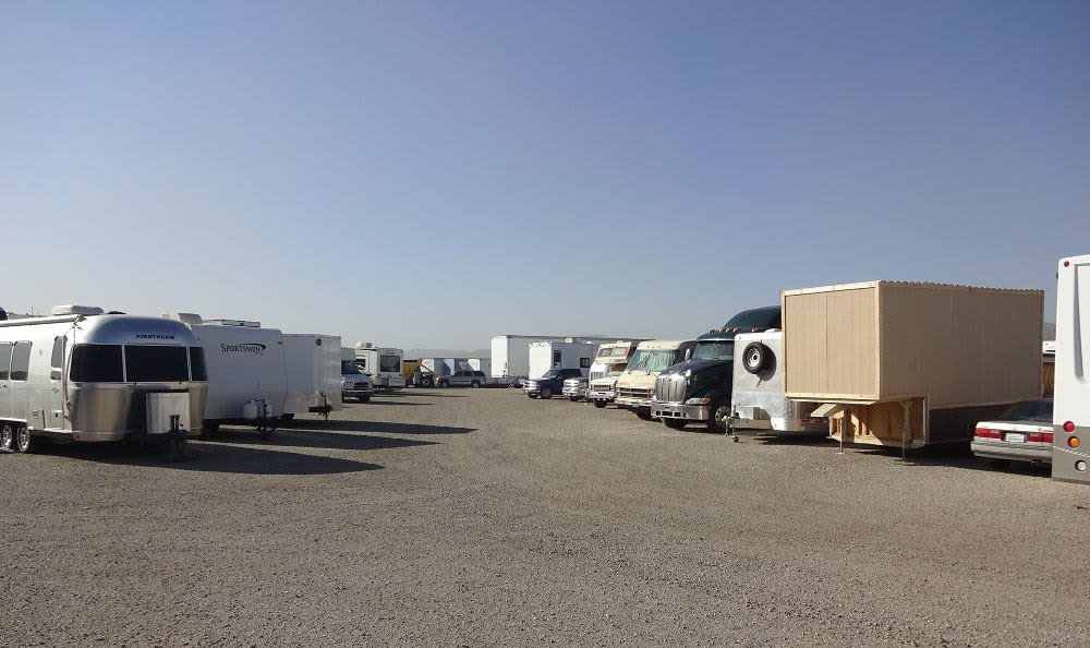 Auto, Boat, RV, & Truck Parking at Storage Etc... Sylmar