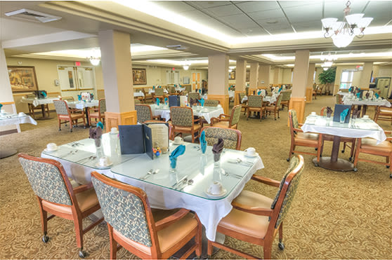 Enjoy a great meal at  Glenwood Place Senior Living