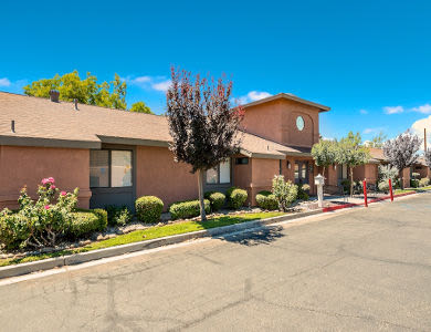 Enjoy the beautiful front view of Valley Crest Memory Care in Apple Valley, CA