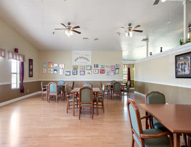Art area at Valley Crest Memory Care in Apple Valley, CA