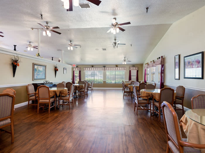 Beautiful dining room at Valley Crest Memory Care in Apple Valley, CA
