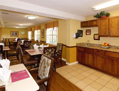 Resident lounge at Sun City Senior Living