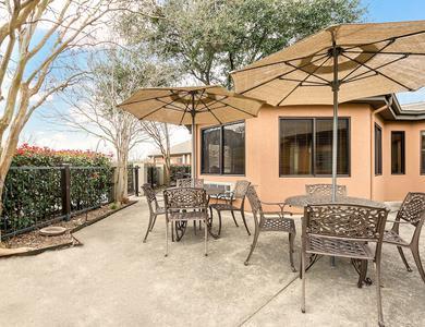 Beautiful bbq area at NewForest Estates in San Antonio, Texas
