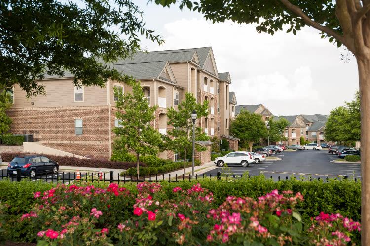 Beautiful exterior of Carrington Park Apartments in Morrisville
