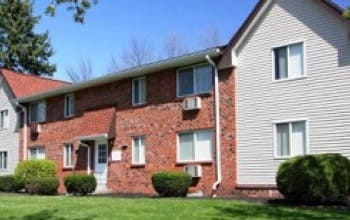 Nearby Community Highview Manor Apartments