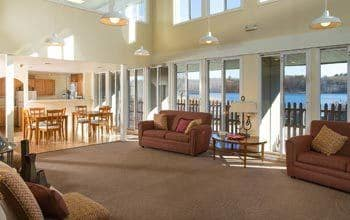 Nearby Community Lakeshore Villa Apartments