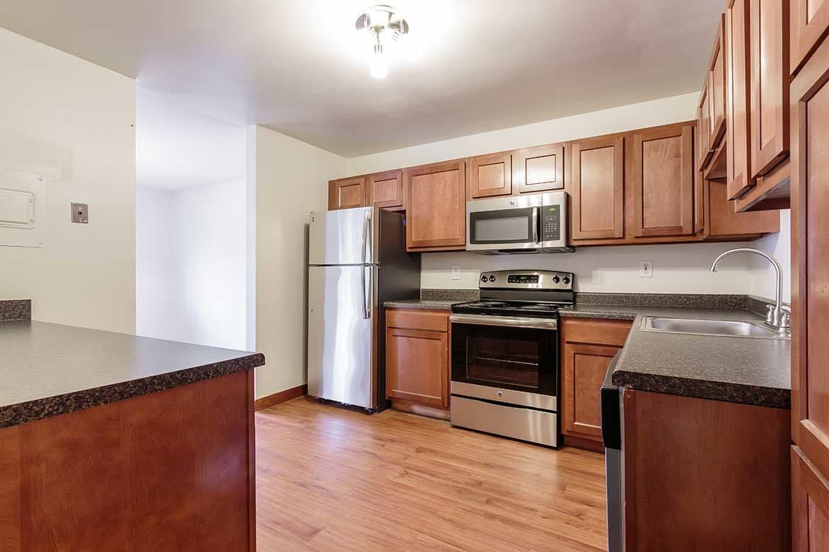 Modern kitchen at Meadowbrook Apartments in Slingerlands, NY