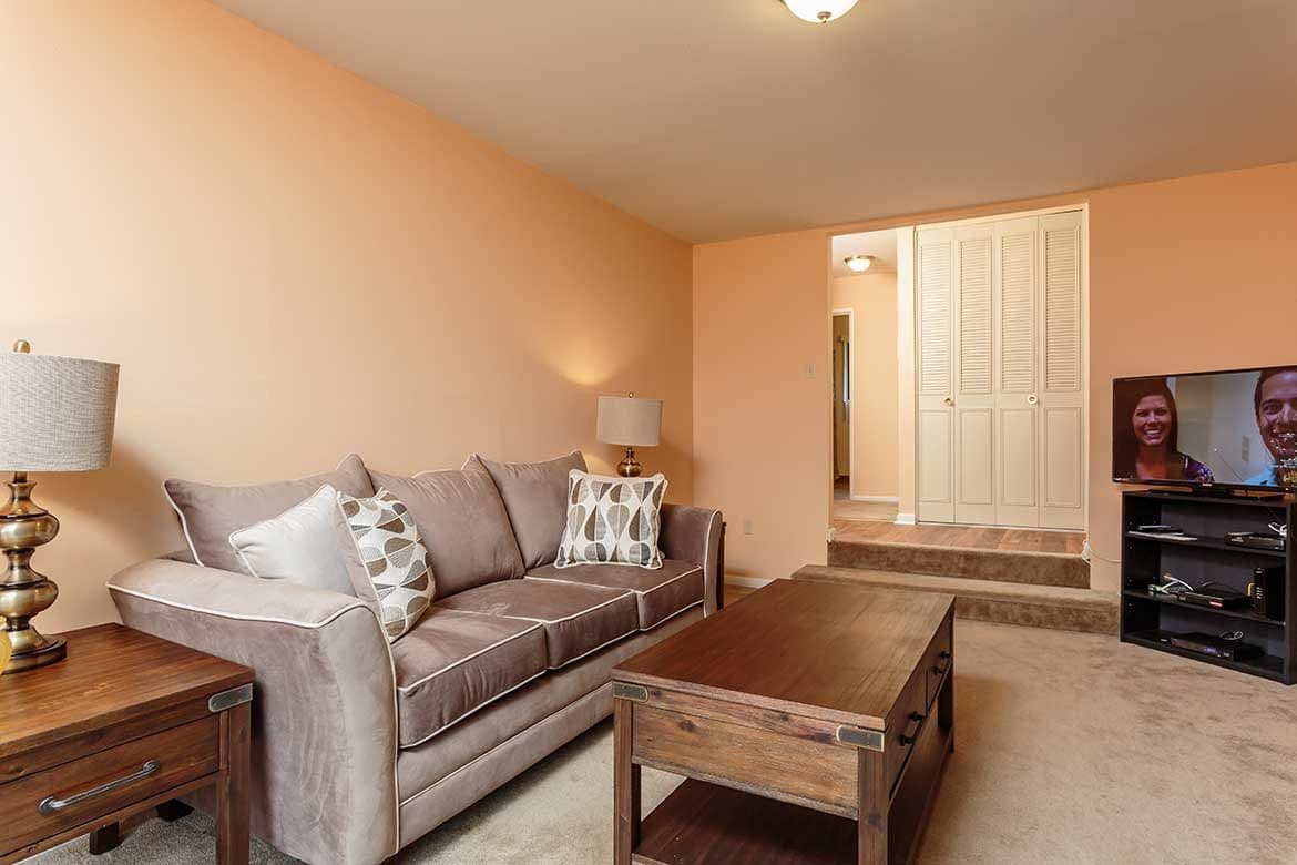 Spacious floor plans at Meadowbrook Apartments in Slingerlands, NY