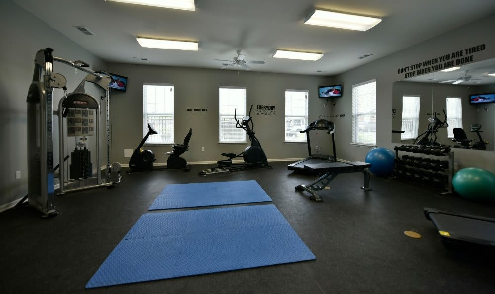 Fitness center at Overlook Apartments