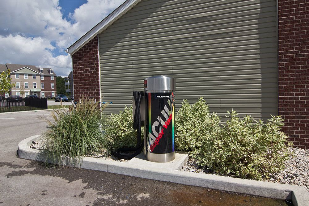 car care area with Super vacuum at apartments in Elsmere, KY
