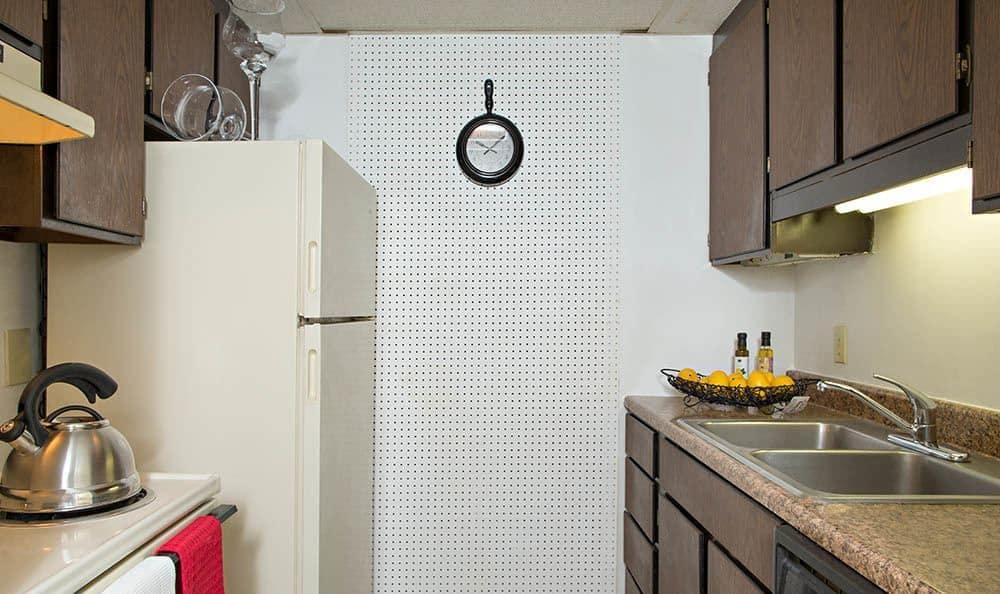 Full-equipped kitchen at Park Guilderland Apartments in Guilderland Center