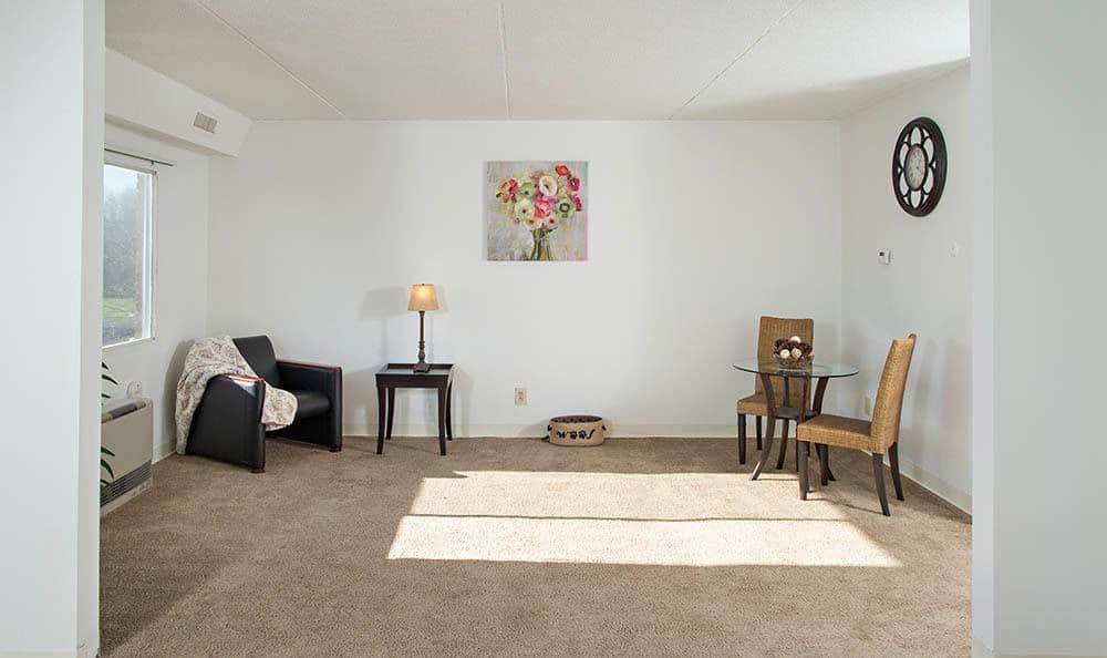 Spacious living room at Park Guilderland Apartments in Guilderland Center