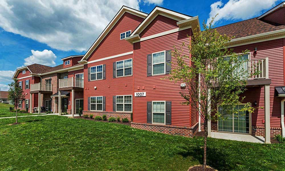 Exterior of the apartments at Reserve at Southpointe in Canonsburg