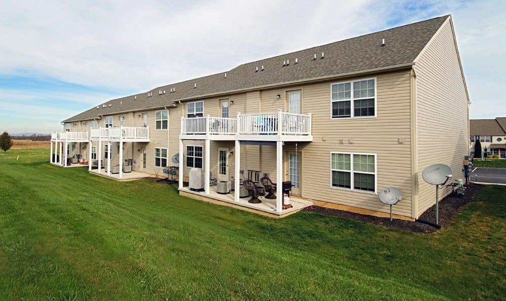 Exterior view of apartment building at The View at Mackenzi in York, PA