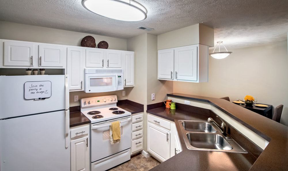 Example kitchen at Waterford Nevillewood Apartments in Presto, PA