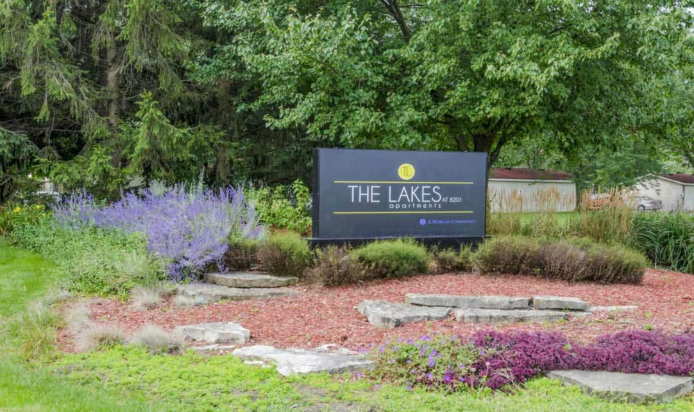 The Lakes at 8201 monument sign in Merrillville, IN