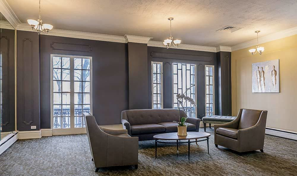 Enjoy our community amenities at 7100 South Shore Drive Apartments in Chicago