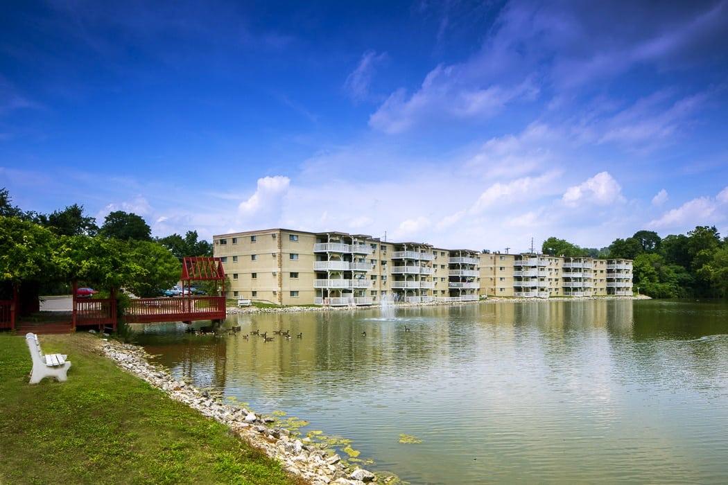 Water front apartments at Lakeshore Drive