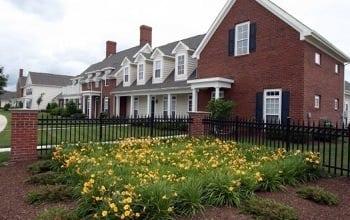 Nearby Community Preston Gardens Apartments
