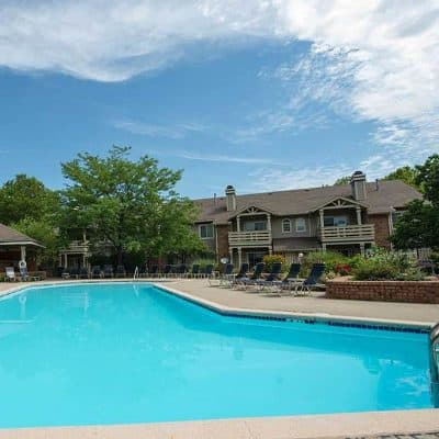 Pool at Perry's Crossing Apartments in Perrysburg, OH