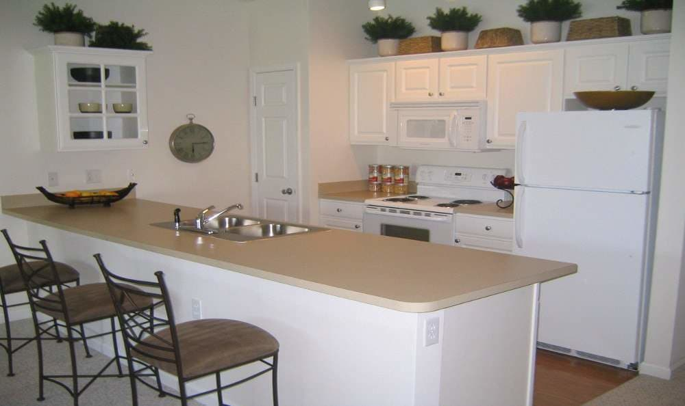 Full-equipped kitchen at Preston Gardens in Perrysburg