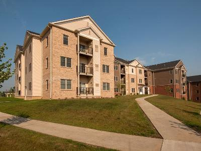 Exterior of apartments at Rochester Village Apartments at Park Place in Cranberry Township