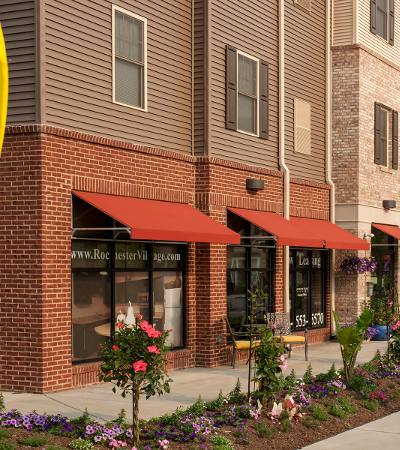 Luxury apartments at Rochester Village Apartments at Park Place in Cranberry Township, Pennsylvania