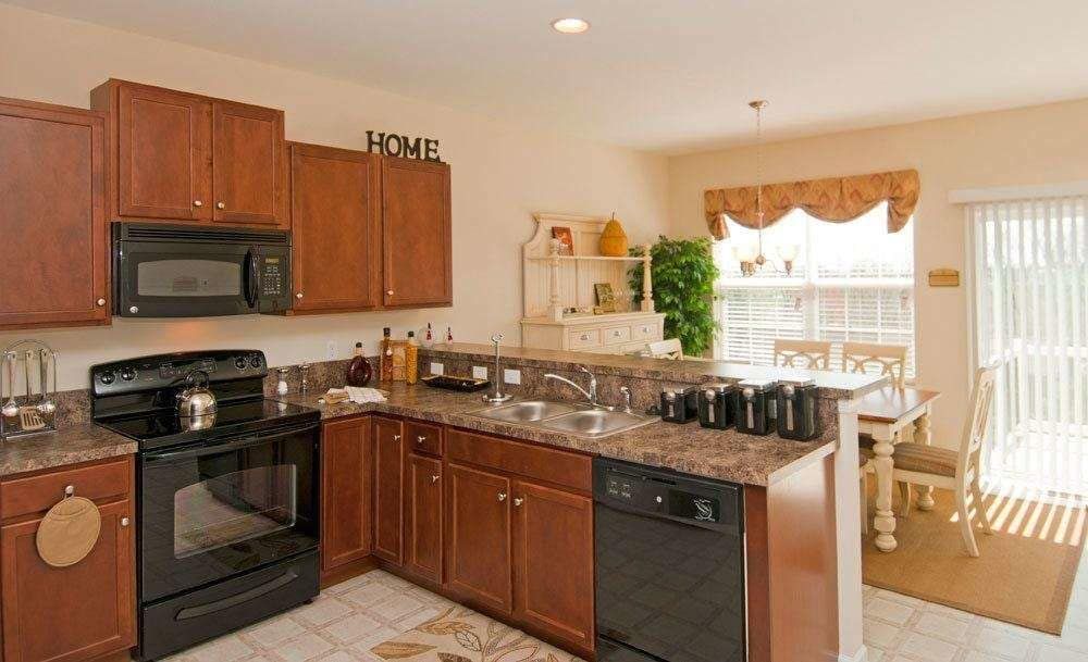 Full-equipped kitchen at Emerald Pointe Townhomes in Harrisburg