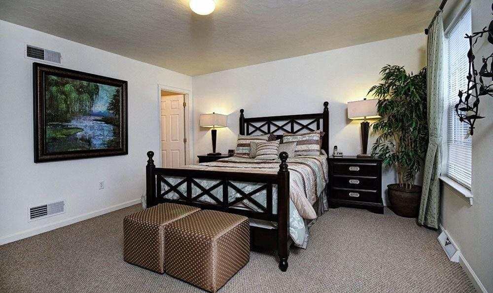 Bedroom at Lion's Gate Townhomes in Red Lion