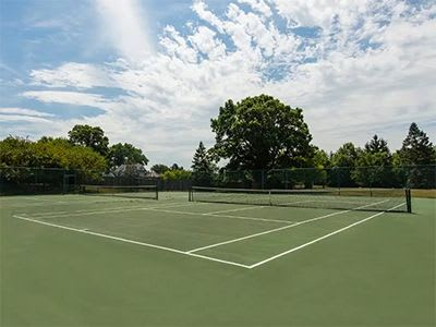 Tennis courts at Perry's Crossing Apartments in Perrysburg