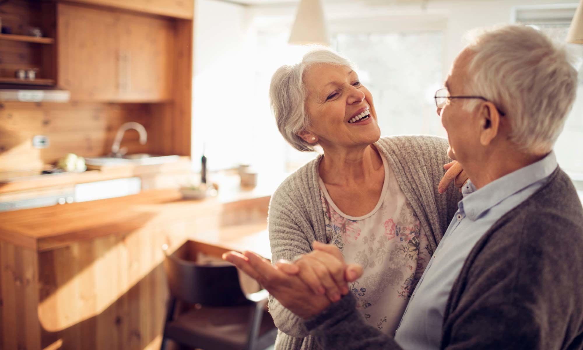Senior couple dancing in Minnesota