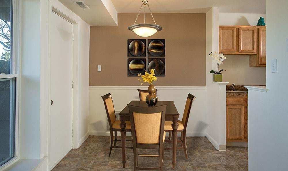 Beautifully designed dining area at Hillcrest Village in Niskayuna