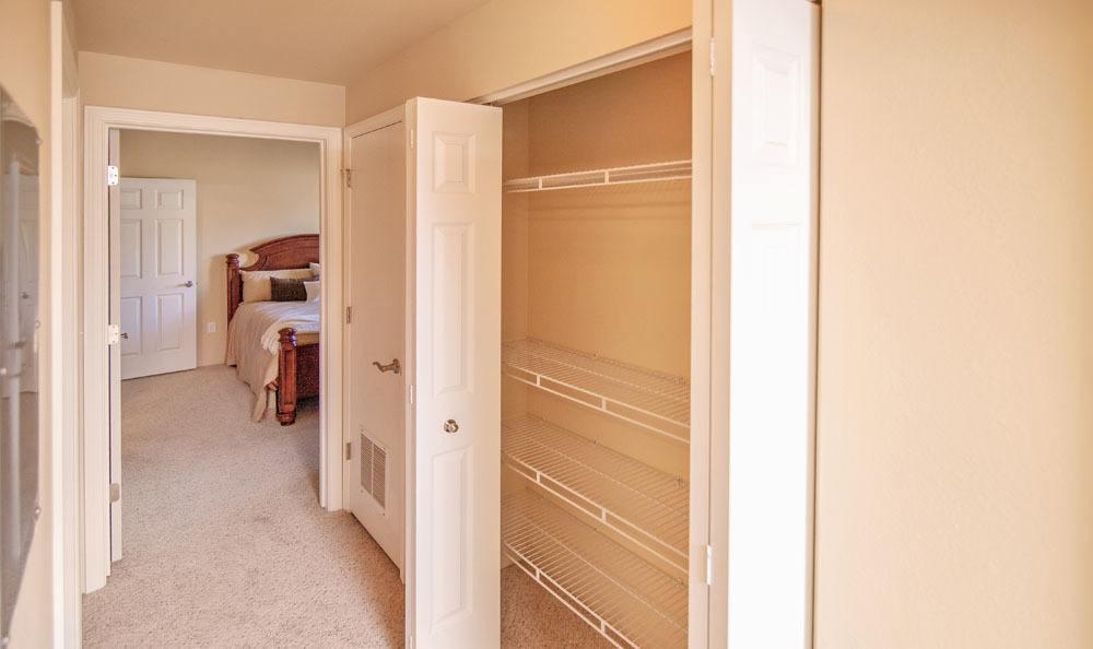 Selway Apartments offers spacious floor plans in Meridian