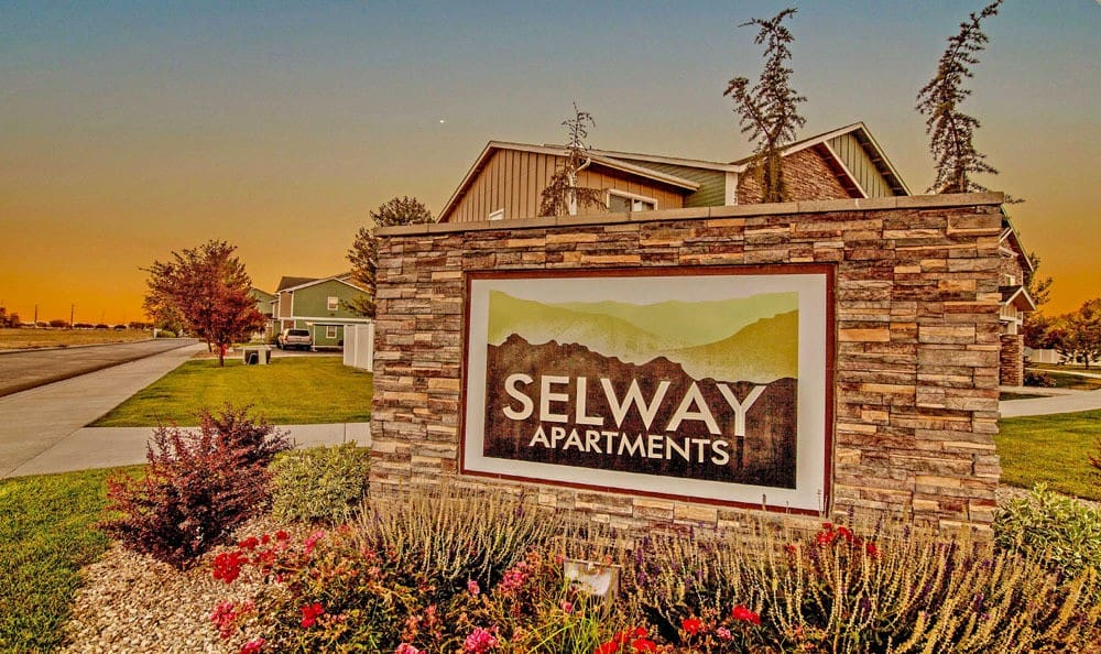 Monumental sign at Selway Apartments in Meridian Idaho