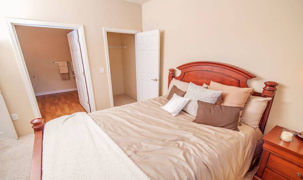 Selway Apartments showcase a beautiful bedroom in Meridian