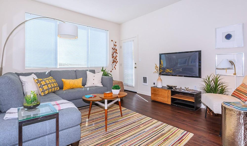 Ecco Apartments offers a spacious living room in Eugene, Oregon