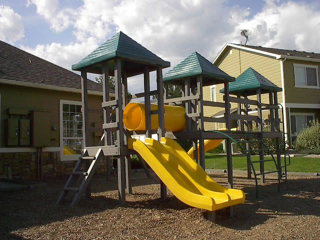Playset at Reserve at Centerra Apartment Townhomes