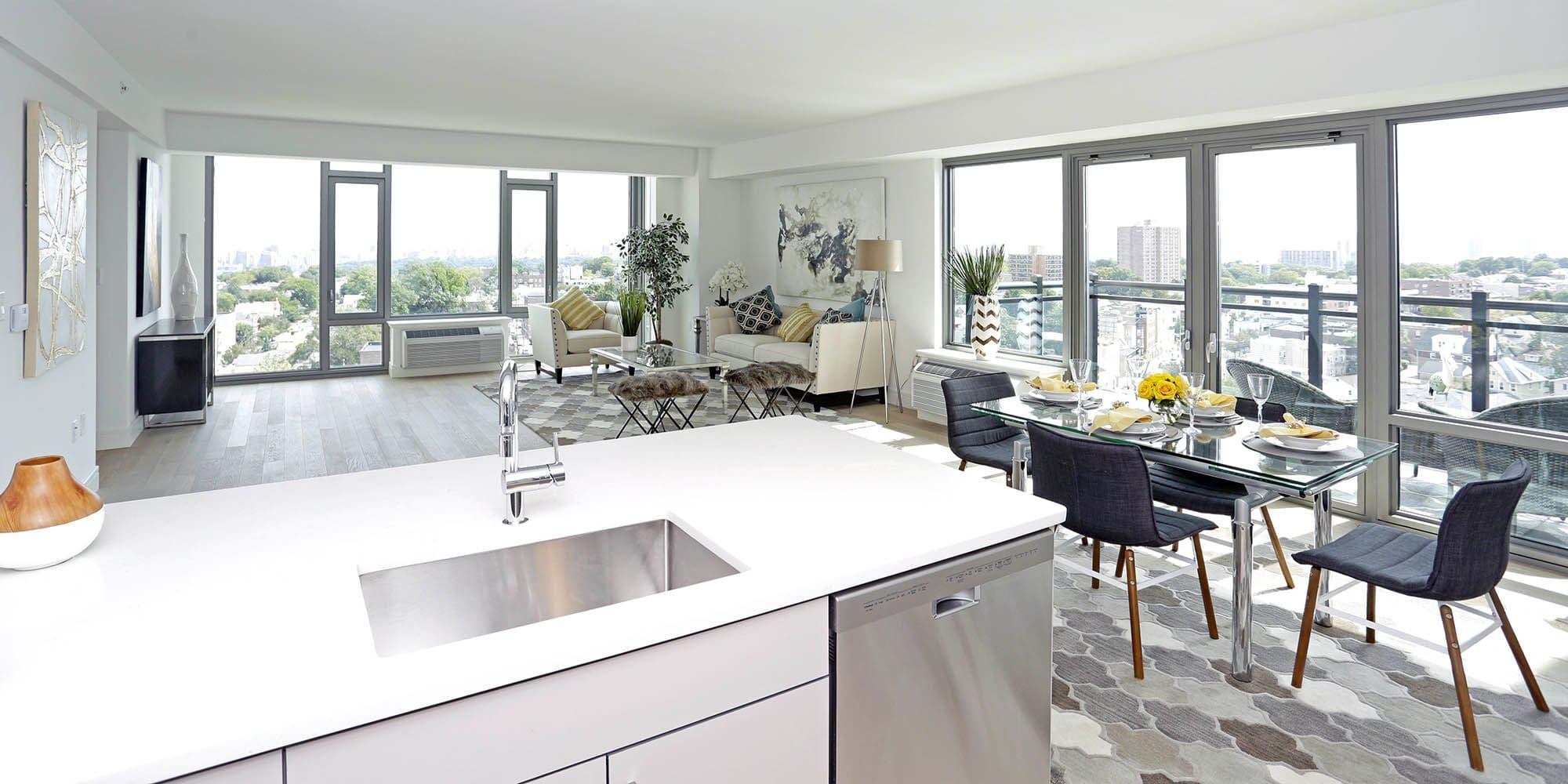 Cliffside Park, NJ Apartments for Rent near Edgewater | The Centre