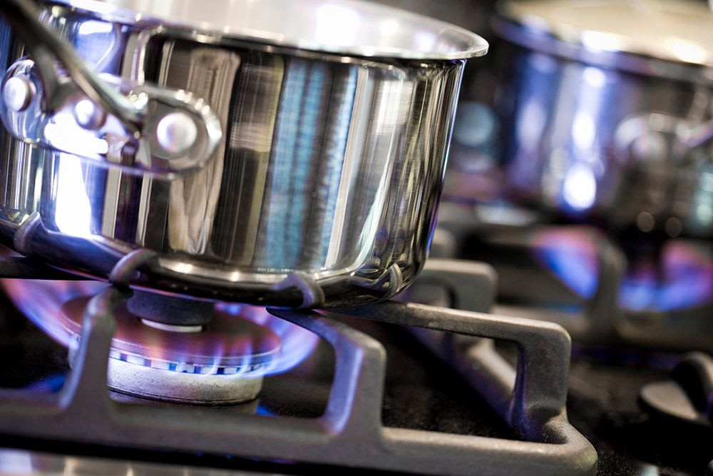 Pot on the stove at Admiral Oaks