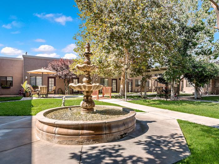 beautiful fountain at Sierra Vista Independent and Assisted Living in Victorville, CA